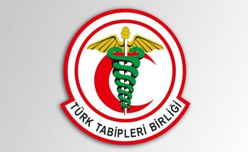 Médicos turcos bajo amenaza severa por criticar la campaña militar turca en Siria