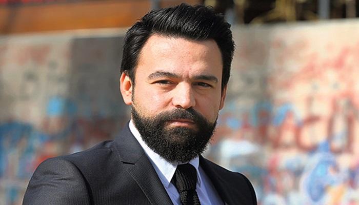 """Periodista encarcelado enfrenta un nuevo juicio por no llamar al movimiento Gülen """"una organización terrorista"""""""
