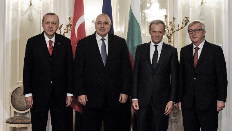 Varna se convertirá en sede permanente de las conversaciones UE-Turquía