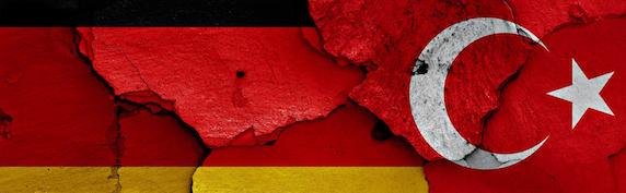 1.177 diplomáticos y altos funcionarios turcos solicitan asilo en Alemania