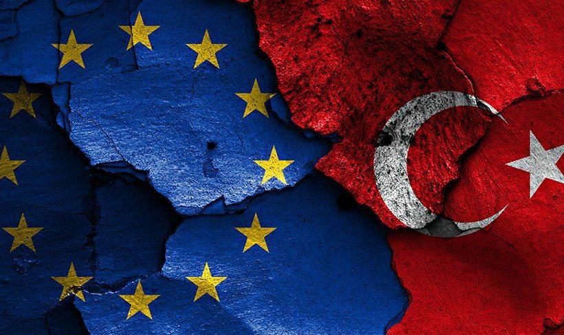 La UE advierte de la restricción de los derechos bajo el estado de emergencia en Turquía