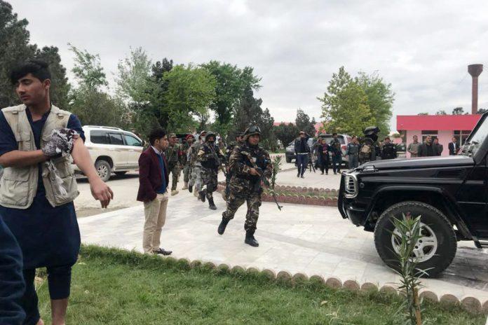 Fundación Maarif y TIKA asaltan un colegio turco con las fuerzas armadas afganas