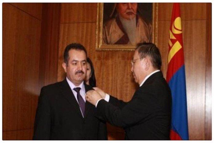 [URGENTE] Agentes de la inteligencia turca (MIT) secuestran a Veysel Akcay, director general de las escuelas afiliadas al movimiento Gülen, en Mongolia