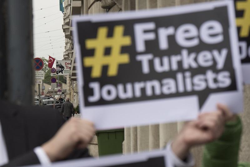Comunicado de la Plataforma Pro Derechos y Libertades en el Día Mundial de la Libertad de Prensa