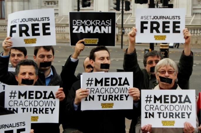 112 periodistas condenados a varias penas de cárcel en Turquía en 2018