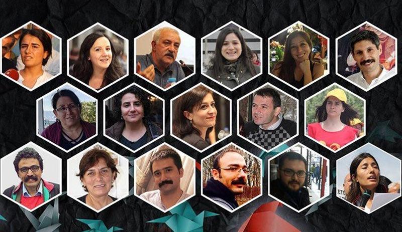 Turquía condena a 18 abogados a más de 150 años de prisión por cargos de terrorismo