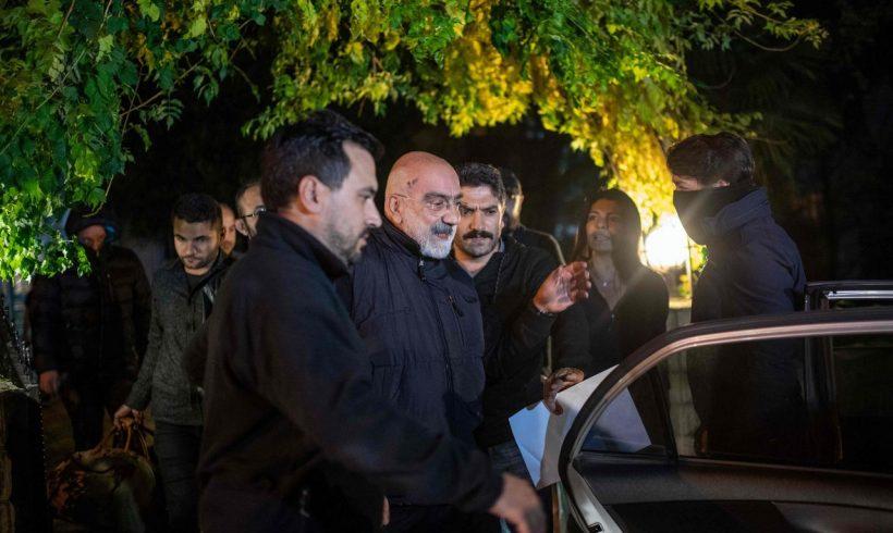 Detenido de nuevo el periodista Ahmet Altan una semana después de su excarcelación